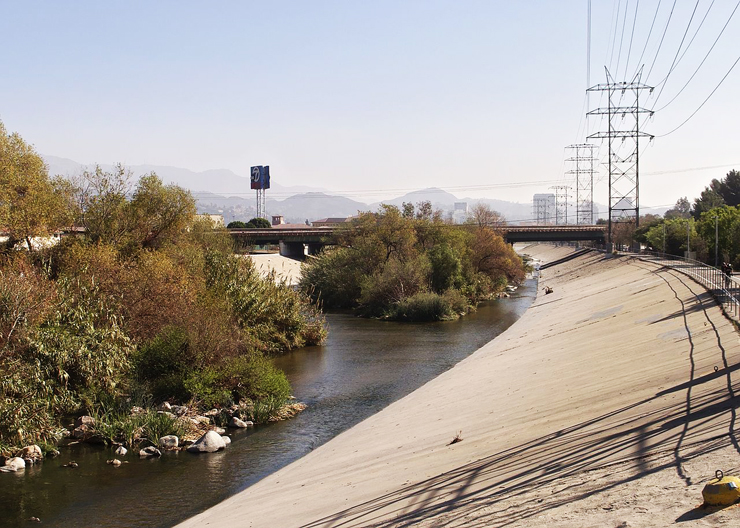 LA-river-riverside-bike-path