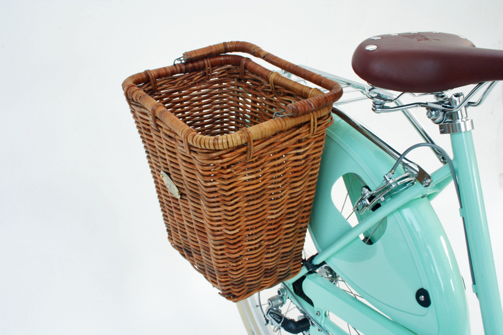 women's cruiser bike with rear basket