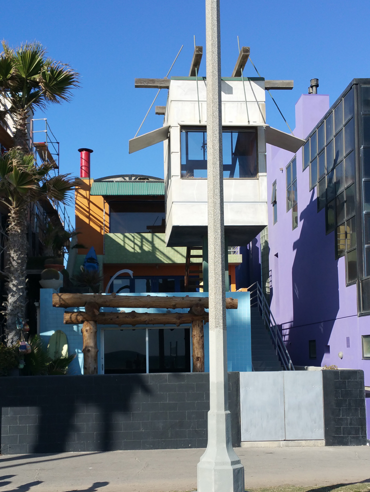 Venice Beach bike path house