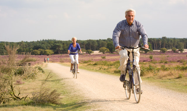 couple shows a healthy bike benefit is that you can do it at any age