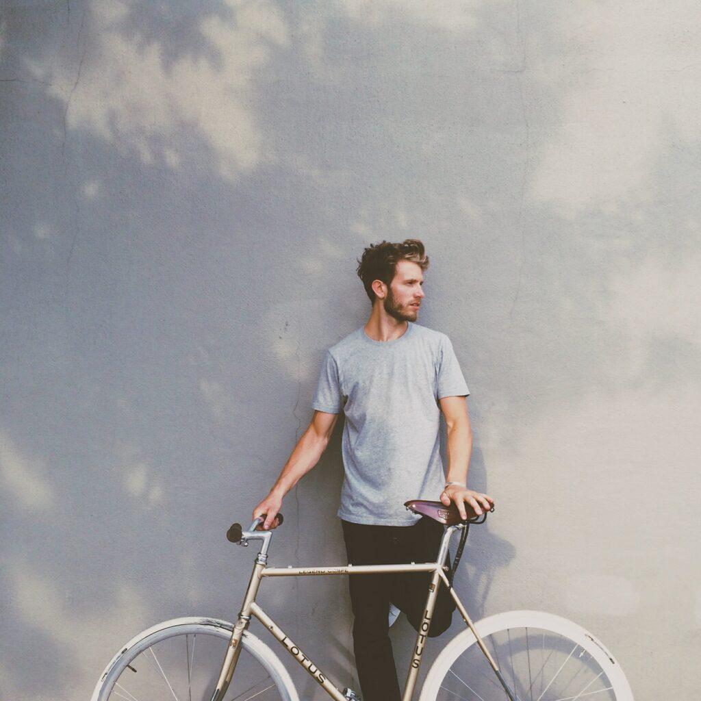 fixie bike rider