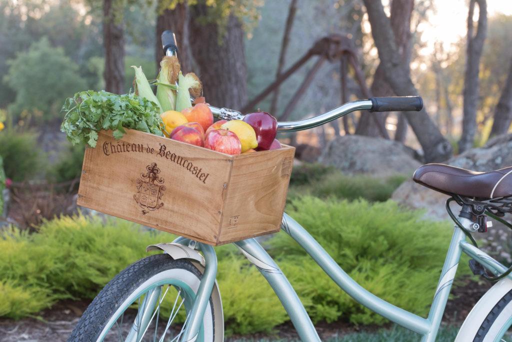 beach cruiser bike with wooden basket