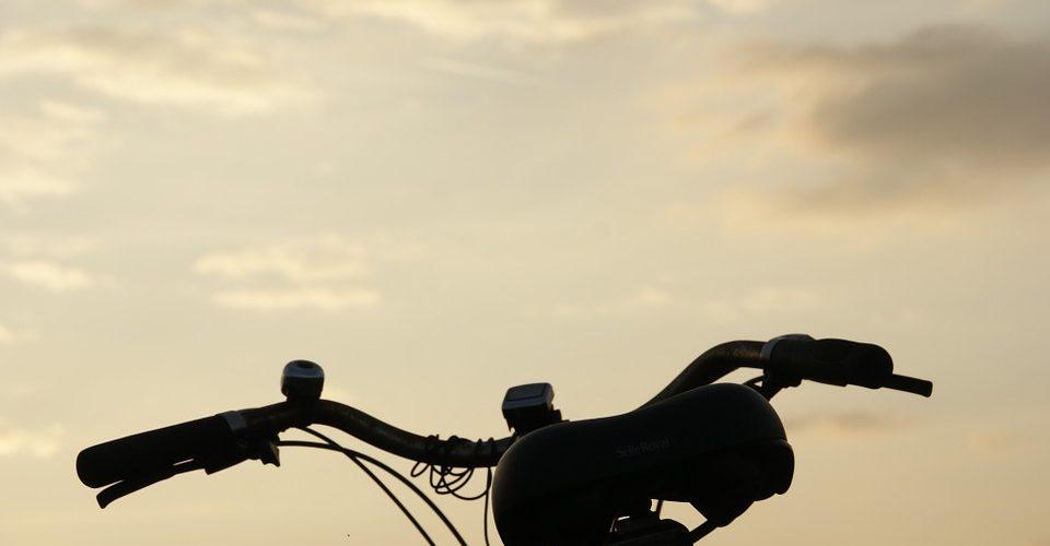 cruiser bike handlebars in sky