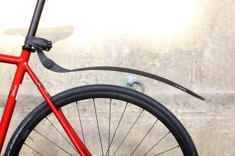 clip on fender on red bike