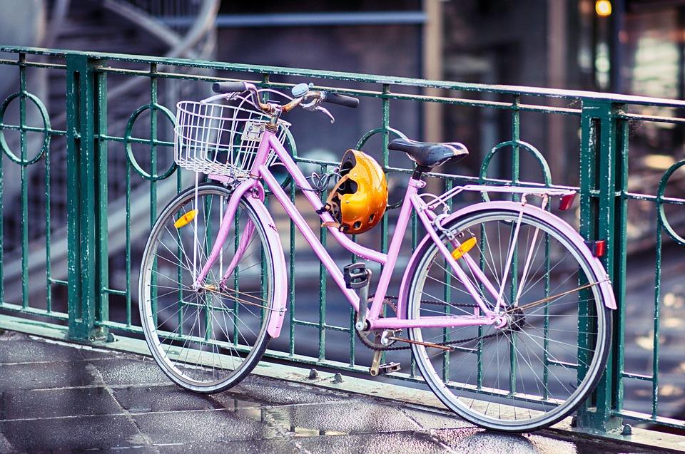 pink cruiser bike with gears