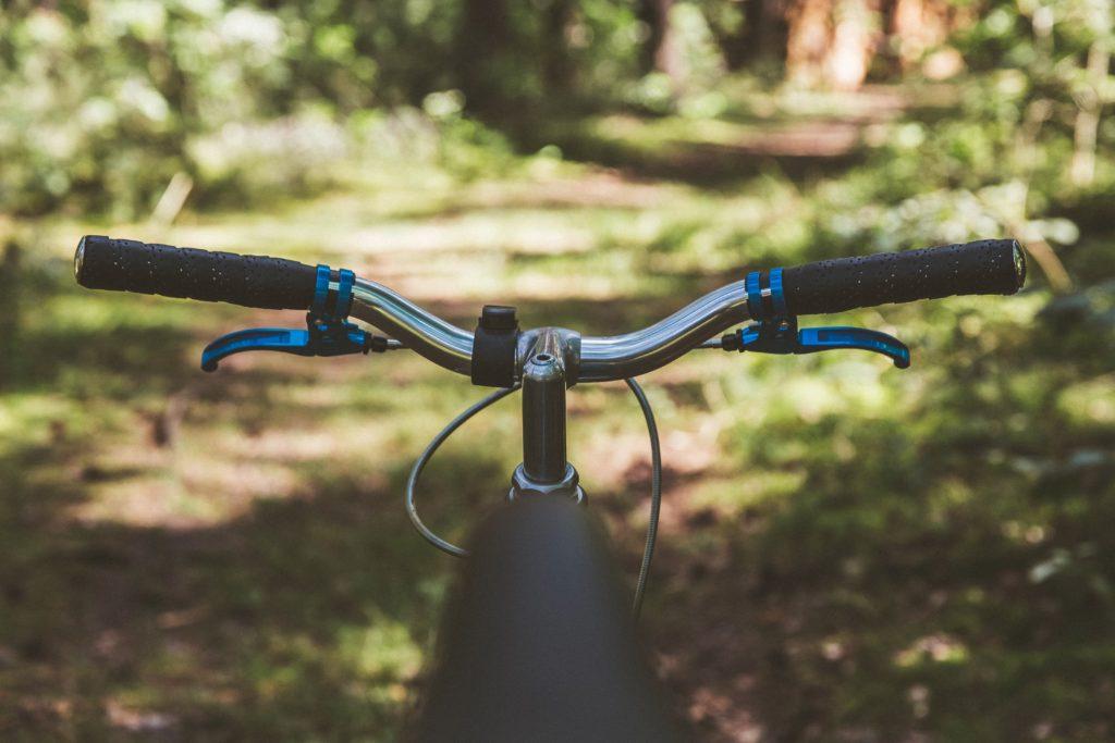 recreational riding on a 3 speed cruiser bike